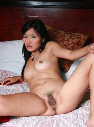 Asian Spreading Porn