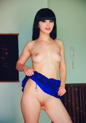 Asian Bald Pussy Porn