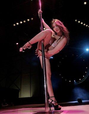Asian Striptease Porn